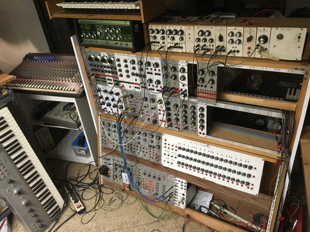 homebuilt-modular-analog-synth